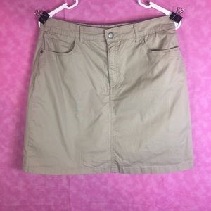Croft & Barrow Tan Skort! Looks New! Size 10